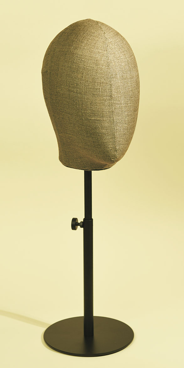 Woman's mannequin head in handsewn jute with varnished, height-adjustable metal base