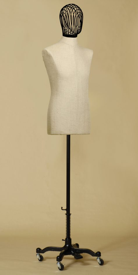 sartorial-bust-man-head-wire-iron-mix-linen-wheels-iron